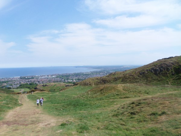 Arthur's Seat Edinburgh beklimmen (23)