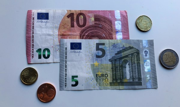 Beeldbank geld, munten, financien, personal finance, lage vaste lasten