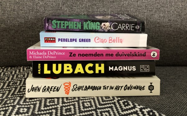 stapel boeken, Boeken winter 2020 2021, boekrecensies