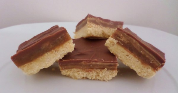 recept caramel shortbread, millionaire's shortbread, shortcake