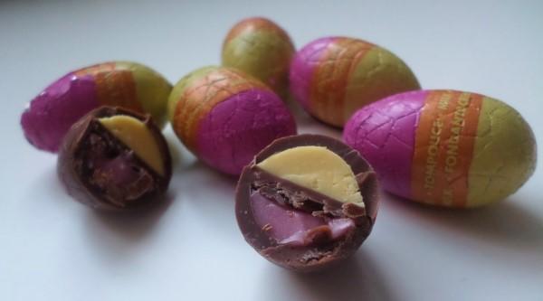hoe smaken tompouce-paaseitjes, zijn tompouce-paaseitjes lekker, HEMA-tompouce-paaseitjes