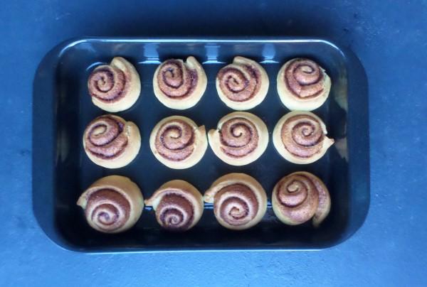 Recept kaneelbroodjes met frosting, cinnamon rolls, cinnamon buns,citroenglazuur, de allerbeste kaneelbroodjes