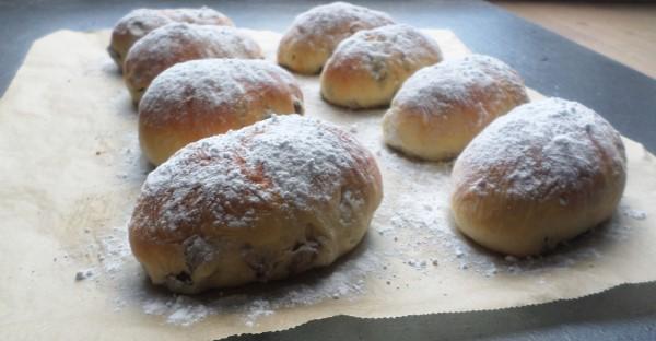 Recept mini-stolletjes met amandelspijs voor kerst of Pasen, recept feeststol