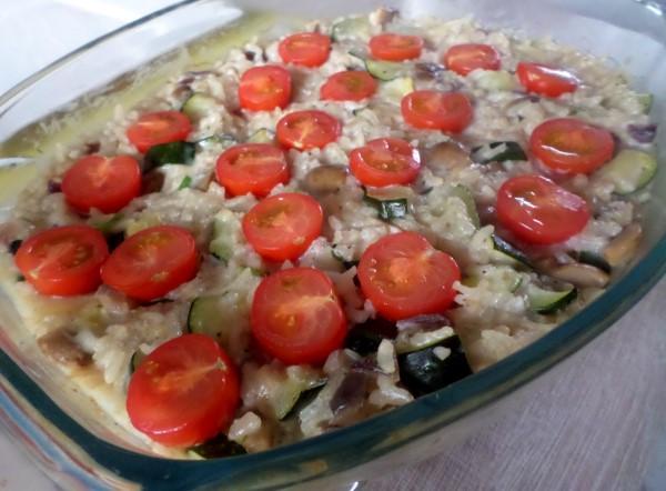 Recept: Romige ovenrisotto met champignons, courgette en cherrytomaatjes