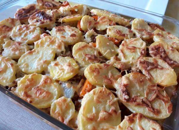 Vegetarische ovenschotel met koolrabi en wortel