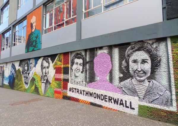Wat te doen in Glasgow, stadswandeling met bezienswaardigheden, Strath Wonderwall, graffiti, University of Strathclyde