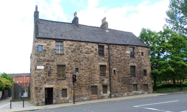 Wat te doen in Glasgow, stadswandeling met bezienswaardigheden, Provand's Lorship, oudste huis van Glasgow