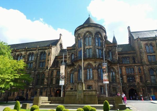 Wat te doen in Glasgow, stadswandeling met bezienswaardigheden, University of Glagow